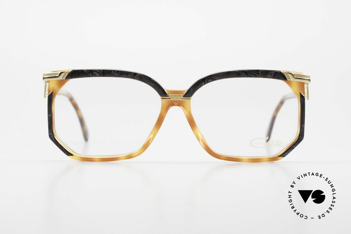 Cazal 333 True Vintage HipHop Frame 90s, distinctive combination of colors, shape & materials, Made for Men and Women