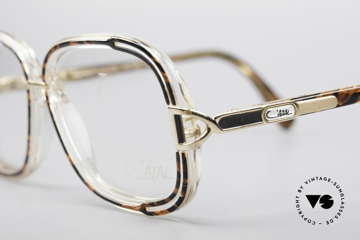 Cazal 320 80's West Germany Frame, unworn (like all our vintage CAZAL 80's eyeglasses), Made for Women