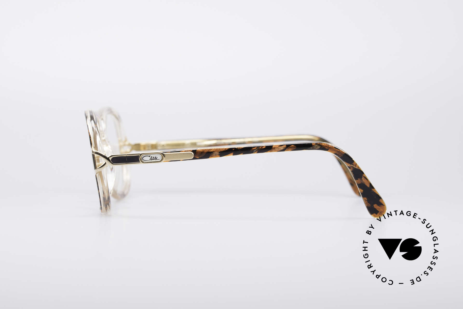 Cazal 320 80's West Germany Frame, NO retro eyewear; but an over 30 years old original!, Made for Women