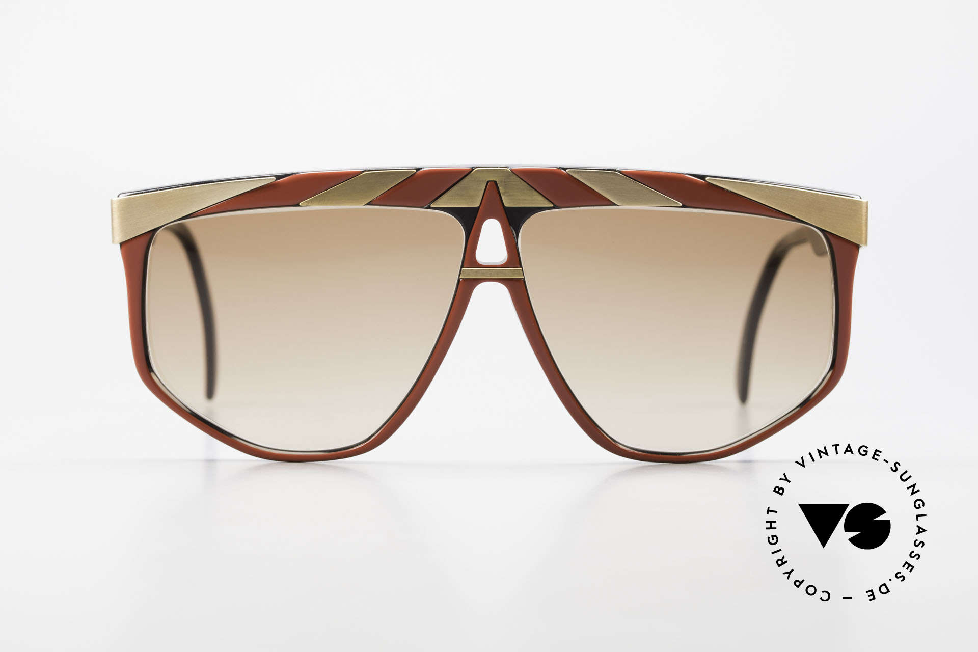 Alpina G82 Vintage Shades 80's Gold Plated, vintage model from the 'Genesis Project' by Alpina, Made for Men and Women