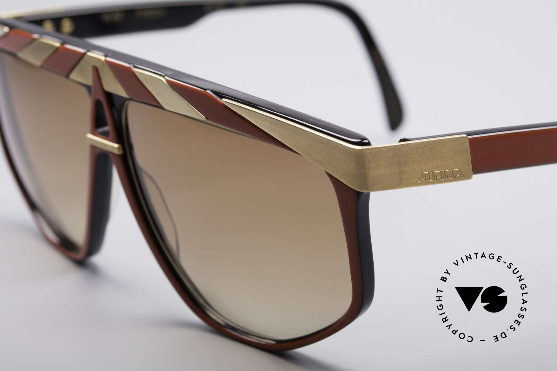 Alpina G82 Gold Plated Vintage Shades, top notch quality (24ct gold plated metal appliqué), Made for Men and Women