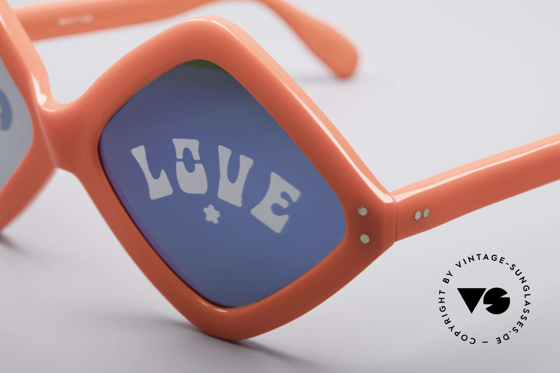 Neostyle Disco And Love Sunglasses, not only eye-catching, but also brilliant wearable, Made for Women