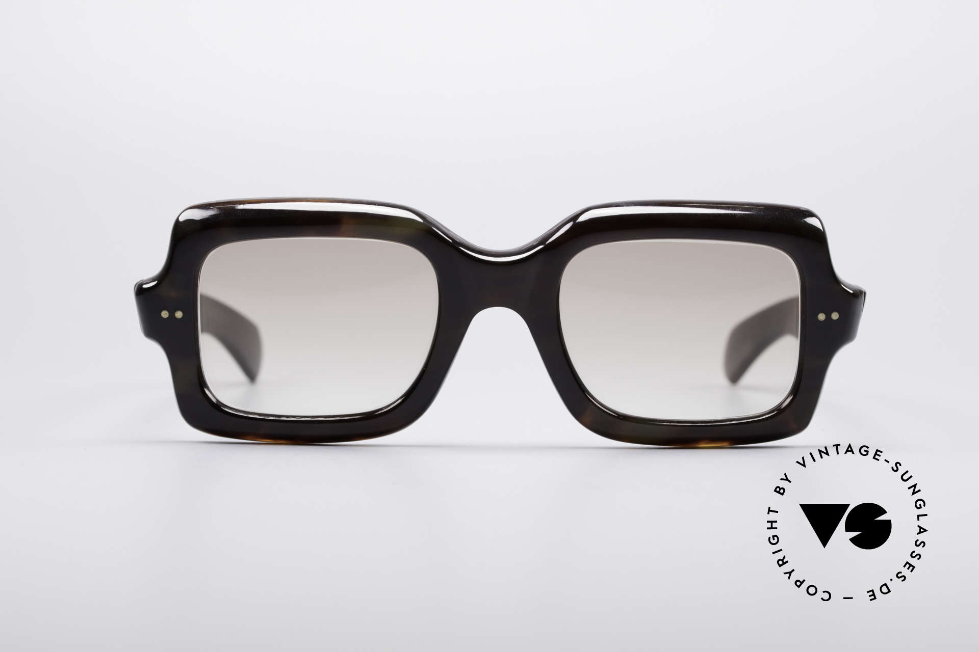 e464c611729 You may also like these glasses. Neostyle VIP 100 Classic 80 s Sunglasses  Details