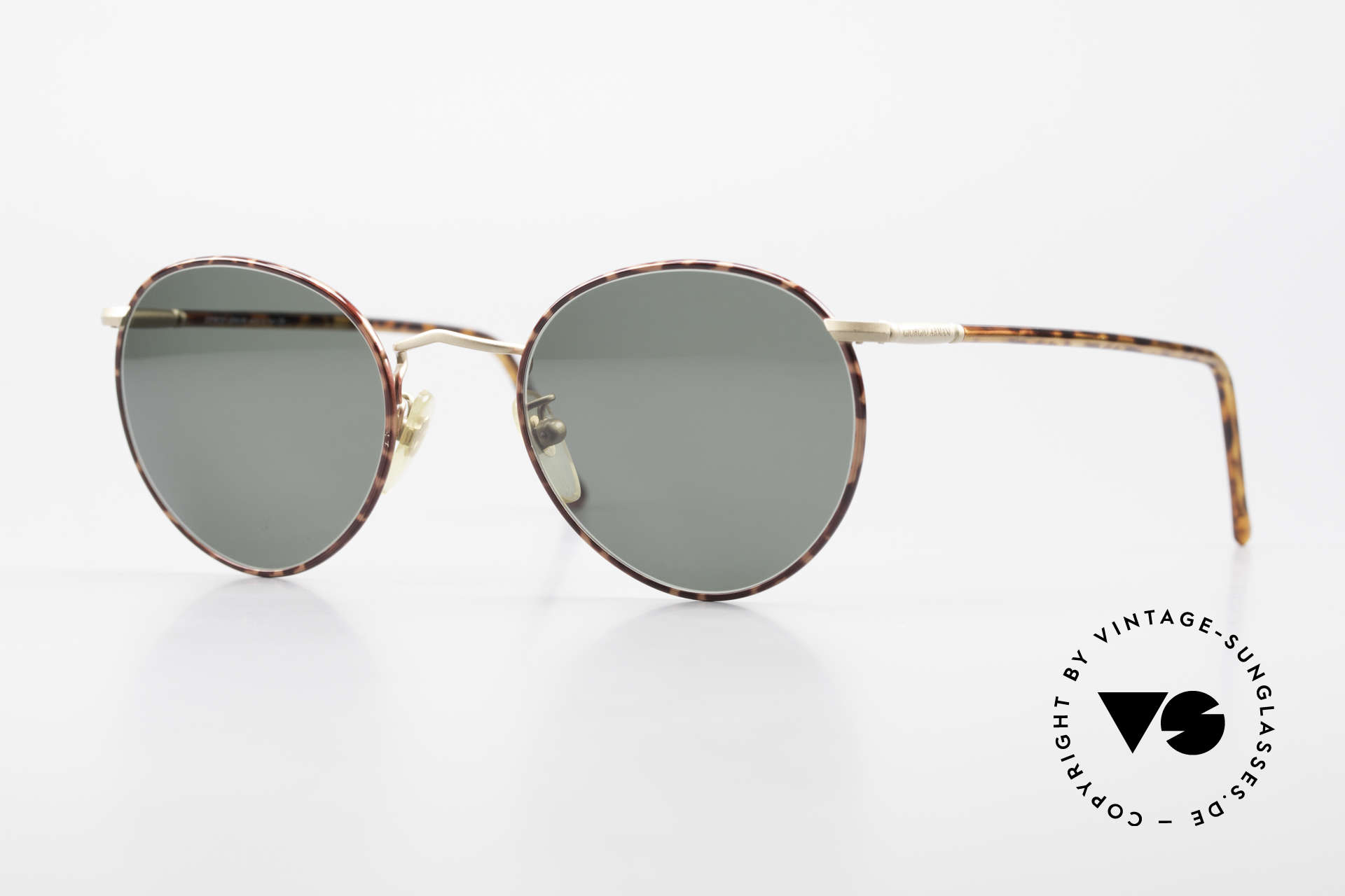 Giorgio Armani 186 No Retro Sunglasses Original, more 'classic' isn't possible (famous 'panto'-design), Made for Men