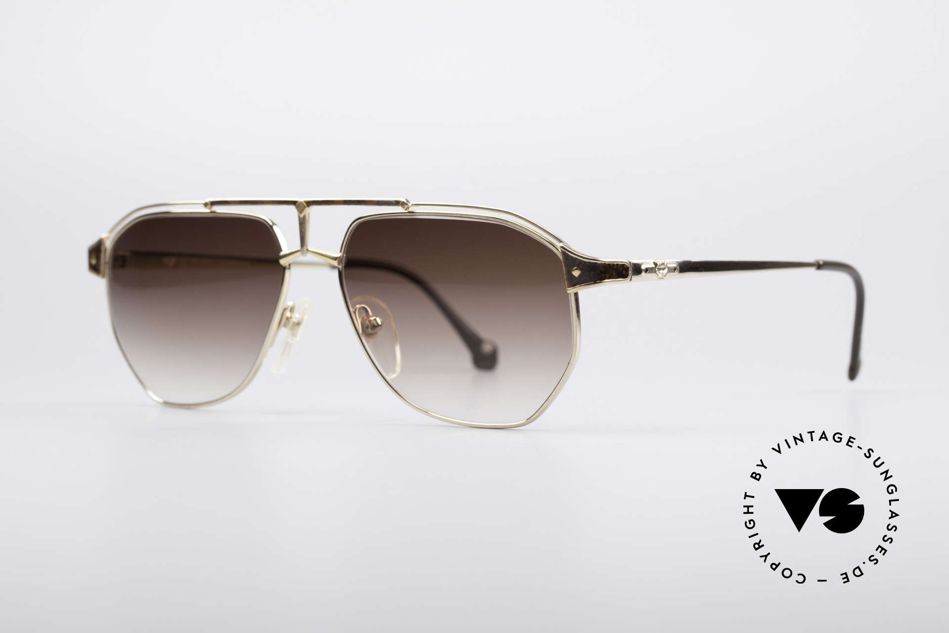 MCM München 6 XL 90's Luxury Shades, but still lightweight and comfortable (Pure Titanium), Made for Men