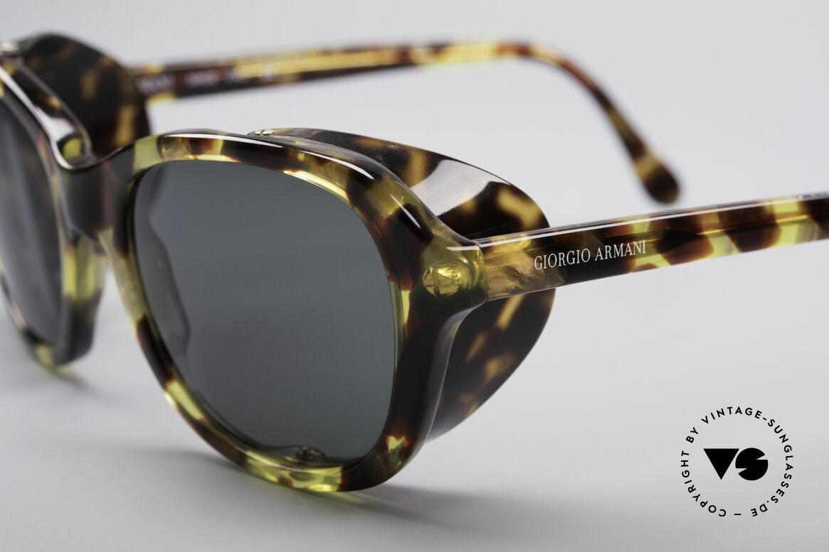 Giorgio Armani 826 No Retro Sunglasses True 90s, really interesting designer piece in small size (122mm), Made for Women