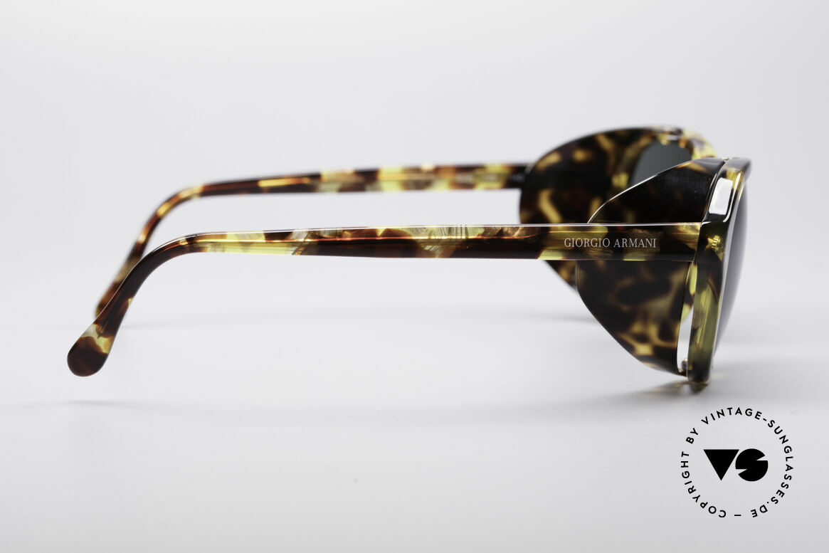 Giorgio Armani 826 No Retro Sunglasses True 90s, never worn (like all our vintage GIORGIO Armani shades), Made for Women