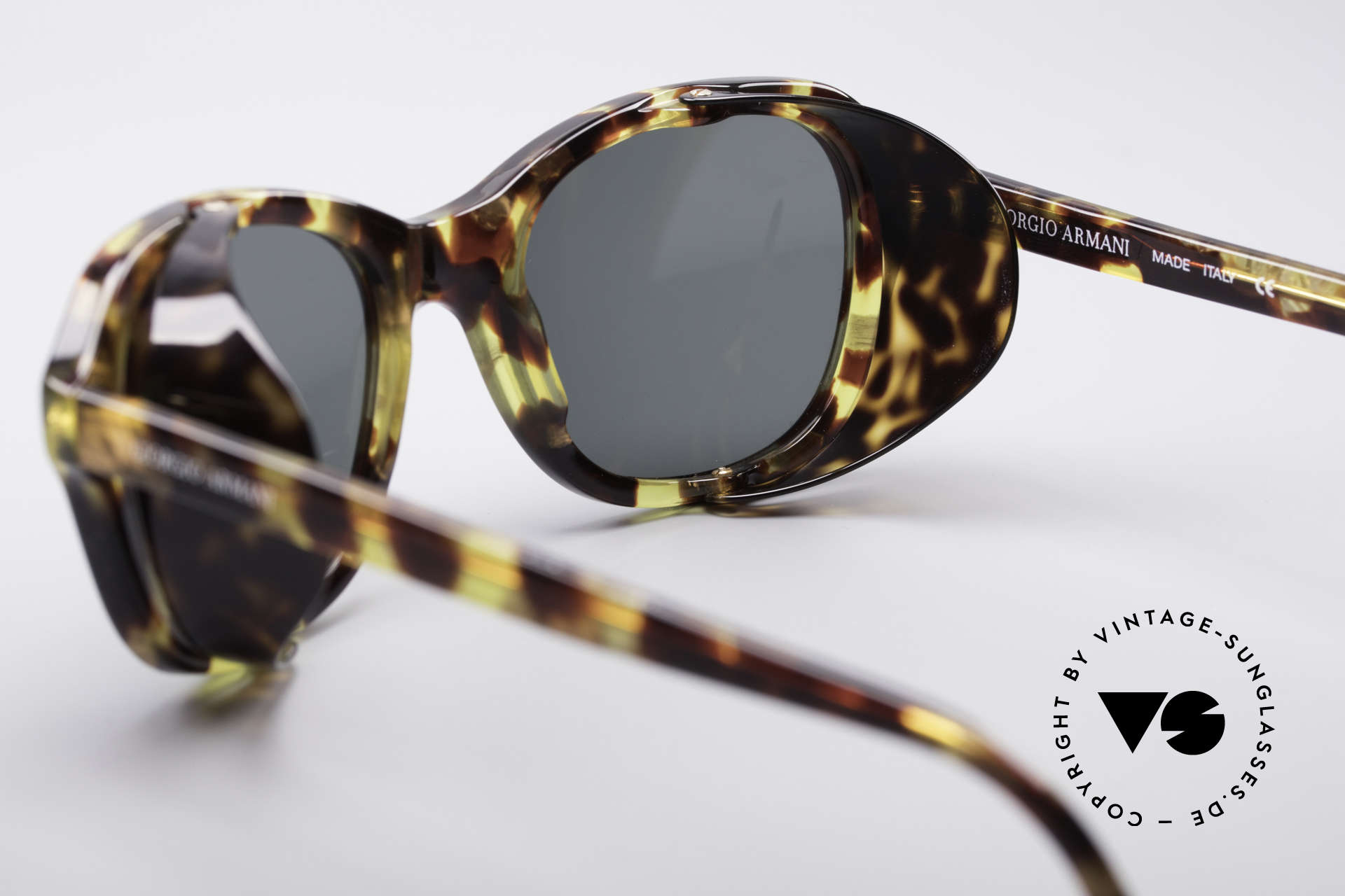 Giorgio Armani 826 No Retro Sunglasses True 90s, NO RETRO sunglasses, but an app. 25 years old original, Made for Women
