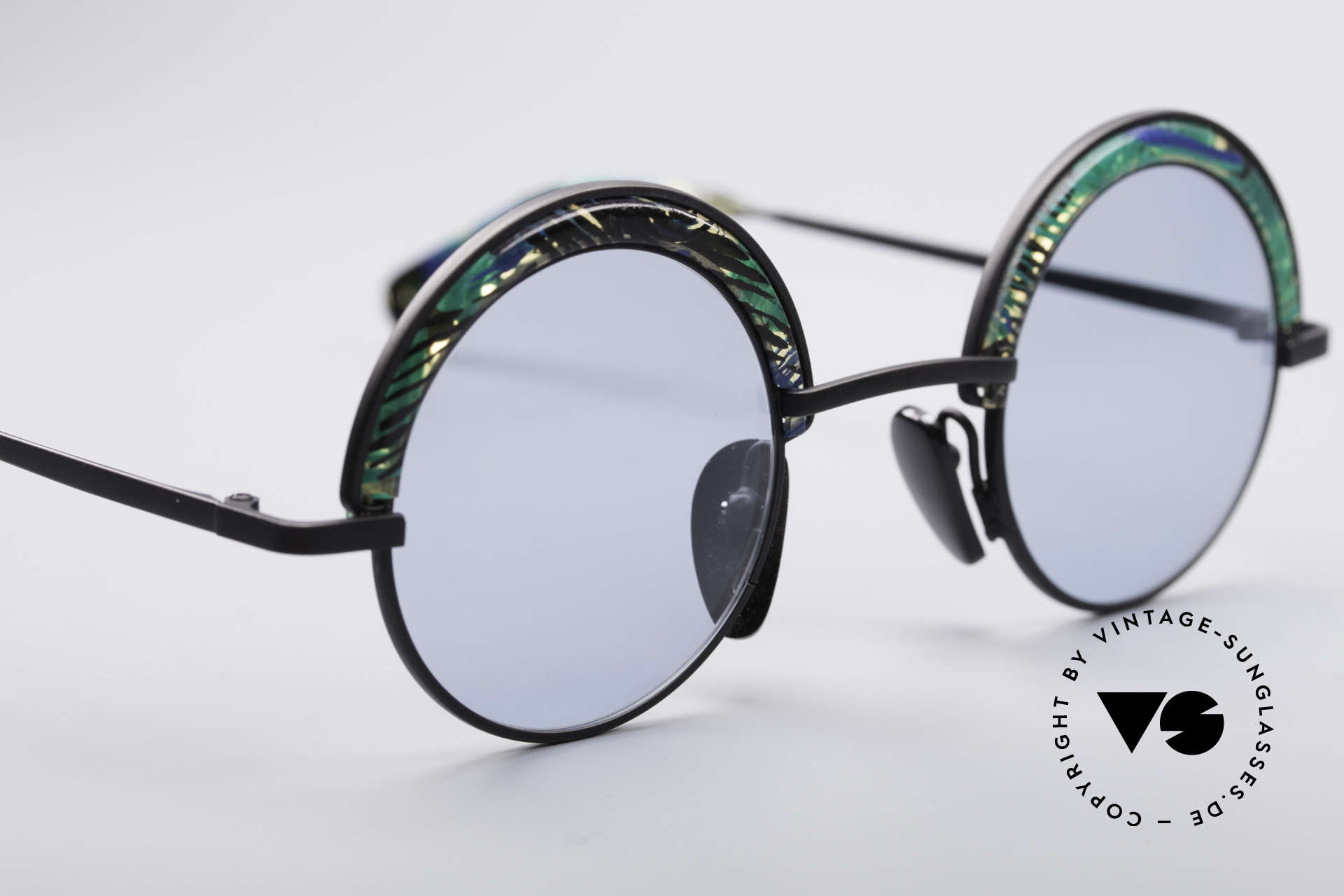 Alain Mikli 631 / 391 Round Designer Shades, unworn, one of a kind (like all our vintage MIKLI), Made for Men and Women