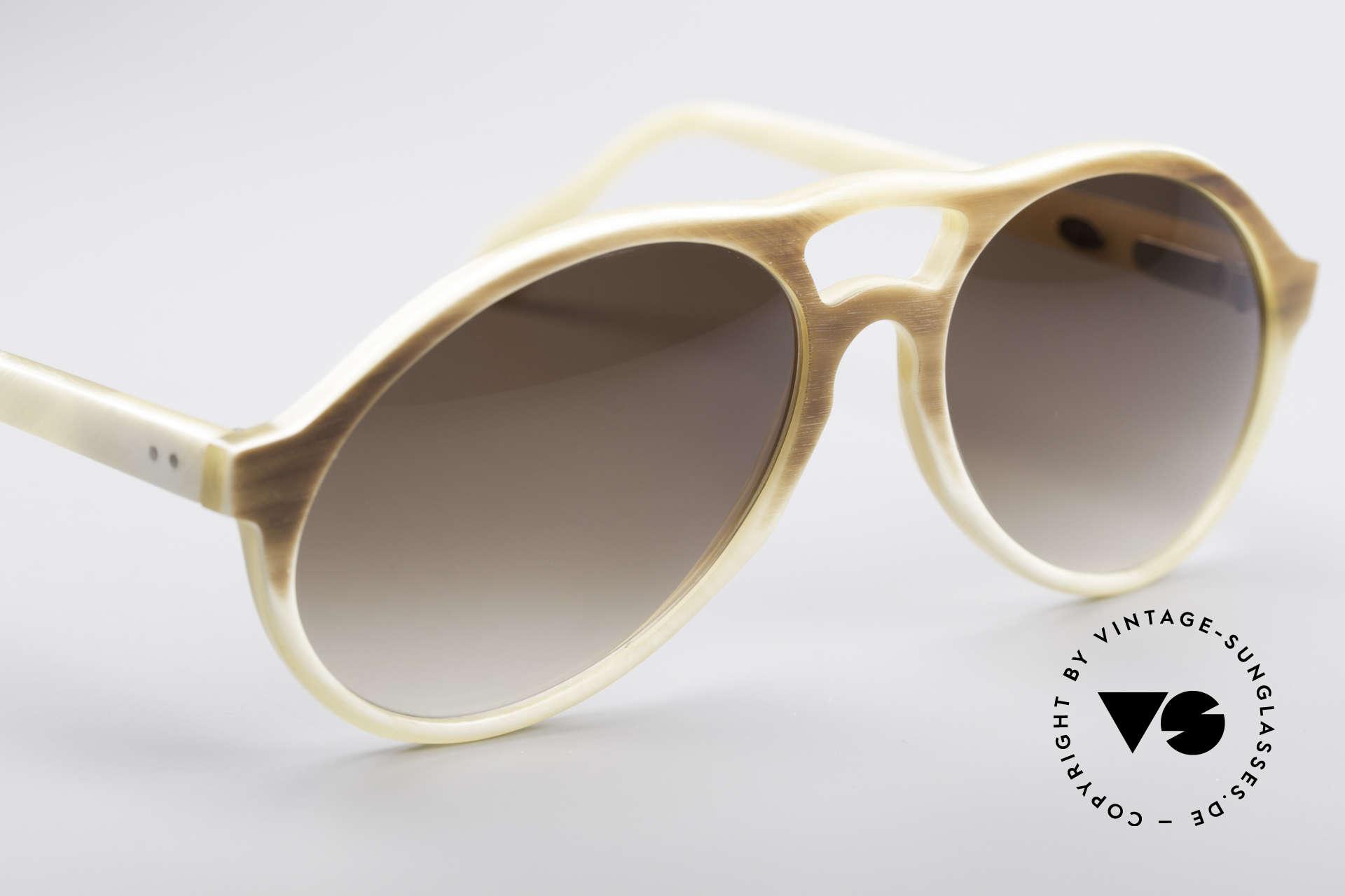 Bugatti 7343 Genuine Buffalo Horn, unworn (like all our BUGATTI gentlemen's sunglasses), Made for Men