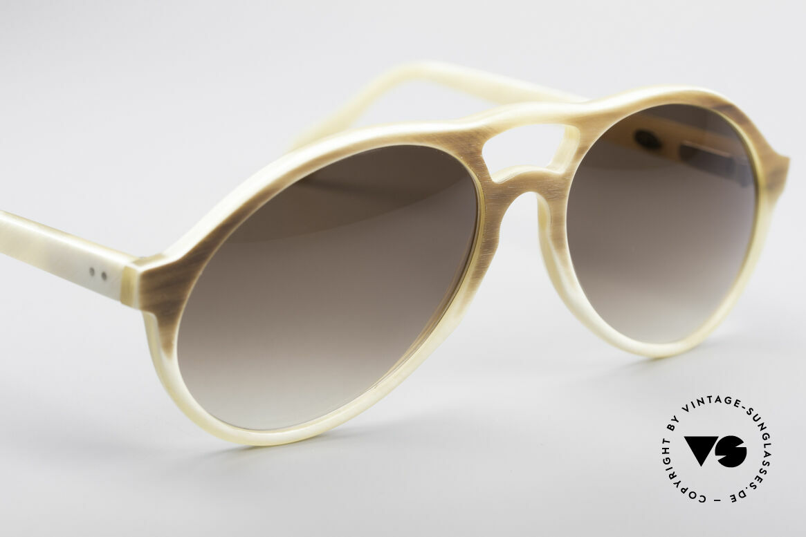 Bugatti 7343 Genuine Buffalo Horn Frame, unworn (like all our BUGATTI gentlemen's sunglasses), Made for Men