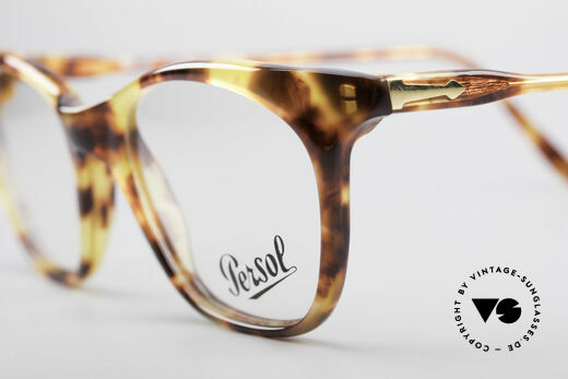 Persol 09194 Classic Vintage Frame