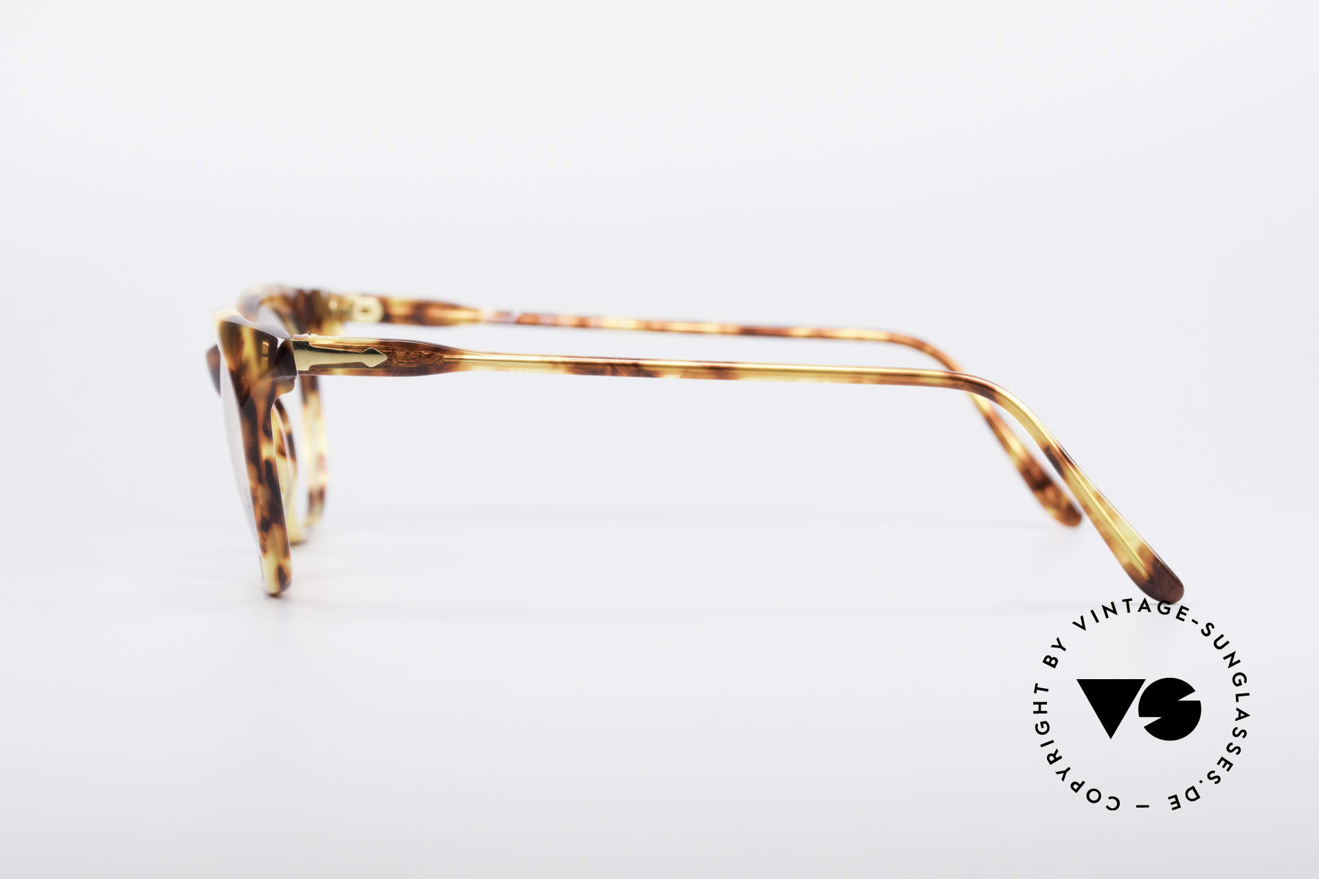 Persol 09194 Classic Vintage Frame, Size: medium, Made for Women