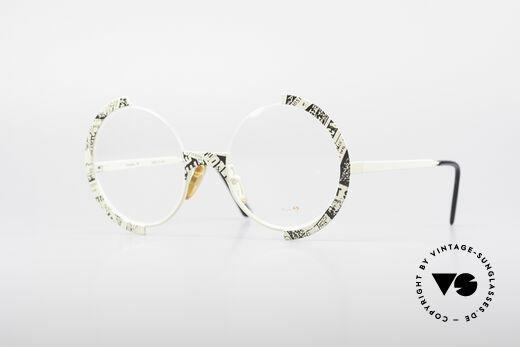 Casanova FC4 Newspaper Eyeglasses Details
