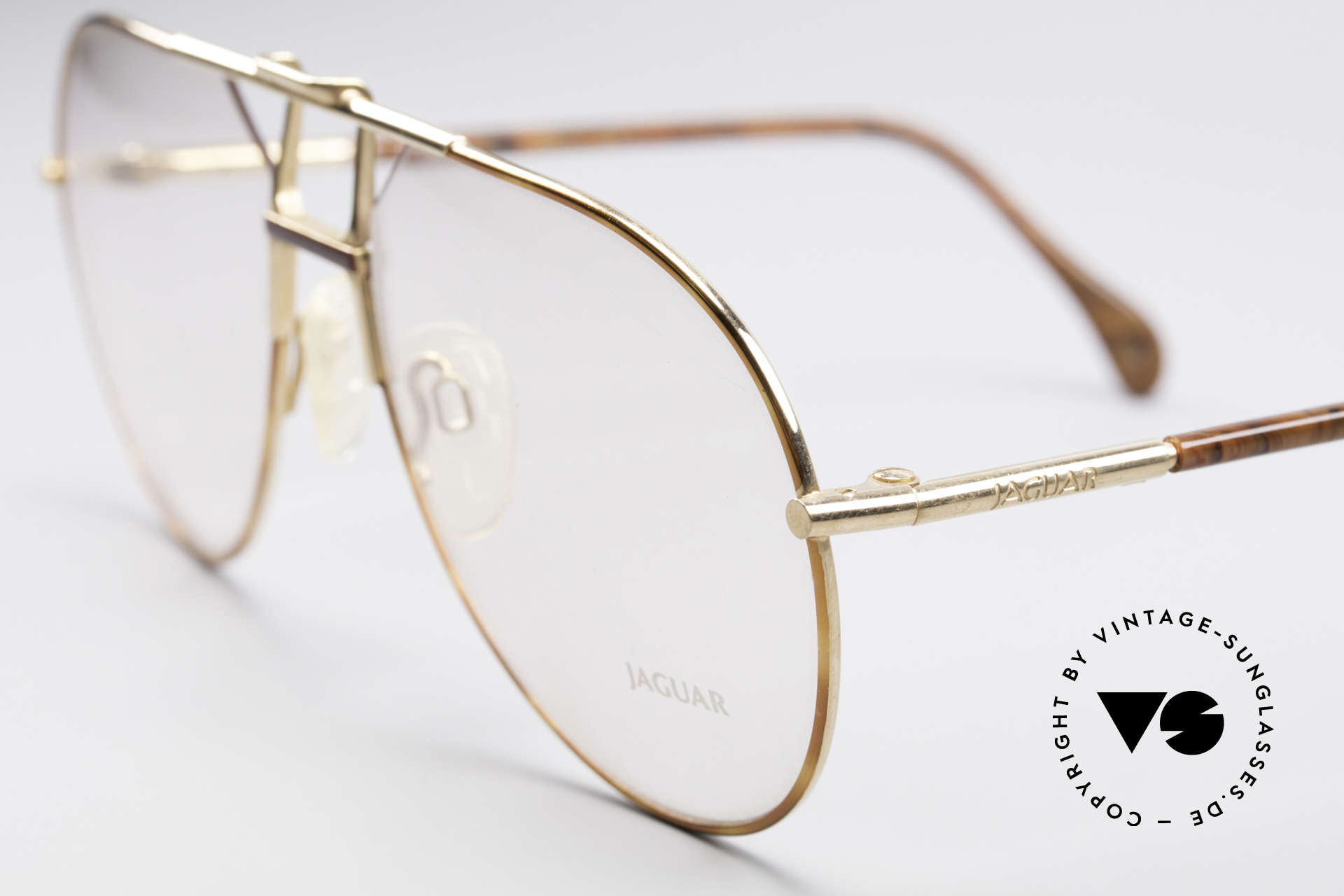 Jaguar 407 80's Luxury Eyeglasses, unworn (like all our vintage men's eyeglasses), Made for Men