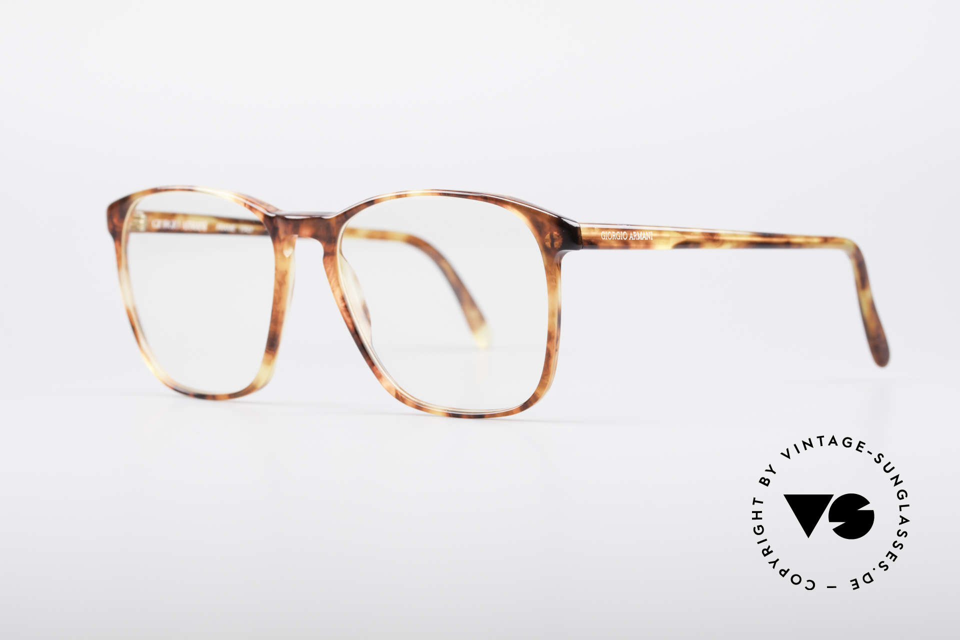 Giorgio Armani 328 True Vintage Glasses, great combination of quality, design and comfort, Made for Men