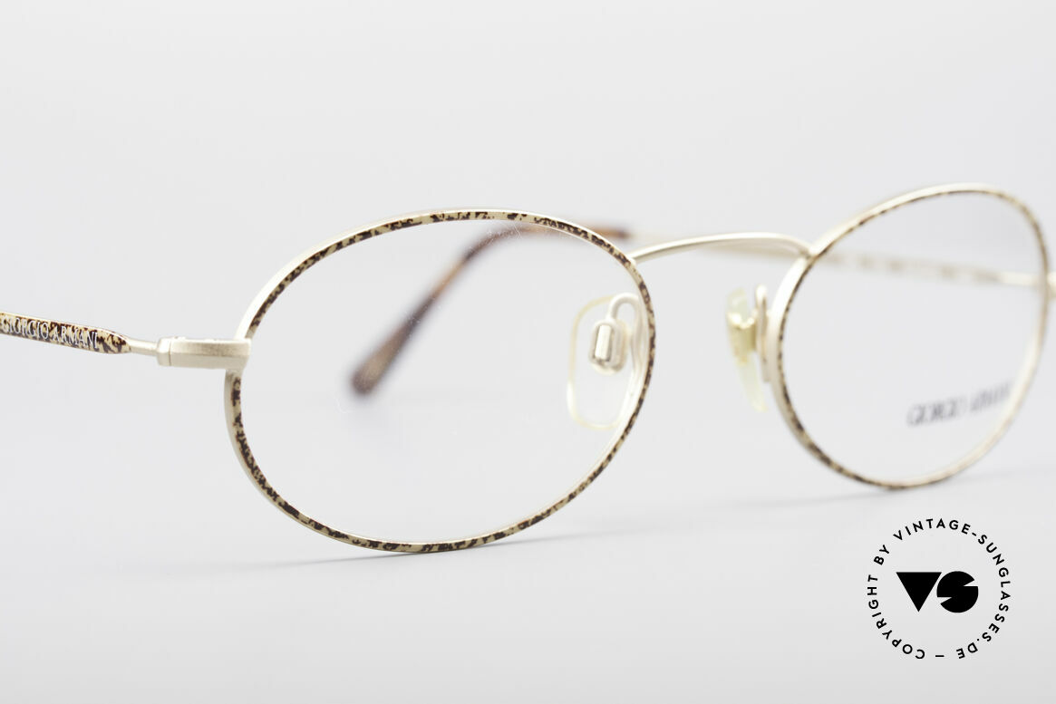 Giorgio Armani 125 Oval Vintage Frame, NO RETRO EYEWEAR, but a 30 years old Original, Made for Men and Women