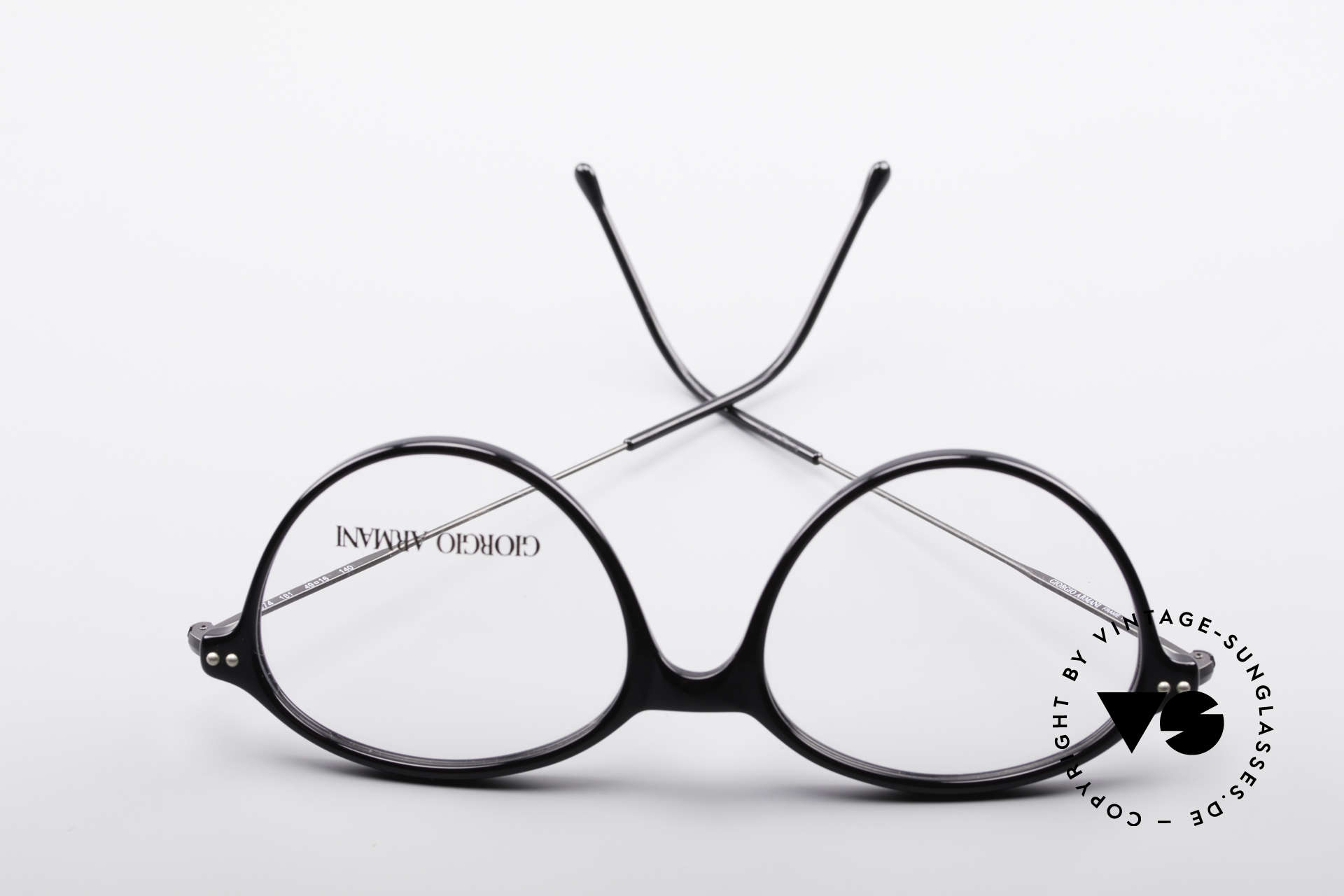 Giorgio Armani 374 90's Unisex Vintage Glasses, Size: small, Made for Men and Women