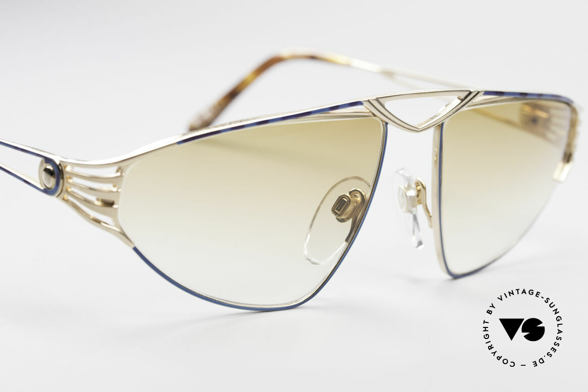 St. Moritz 4410 90's Luxury Sunglasses, unworn, NOS (like all our luxury St. Moritz sunglasses), Made for Women