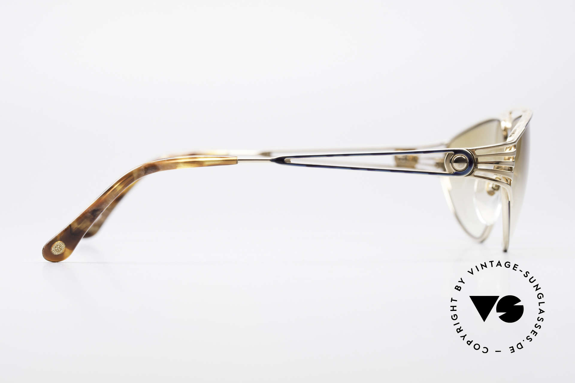 St. Moritz 4410 90's Luxury Sunglasses, NO retro fashion, but a vintage original (100% UV prot.), Made for Women