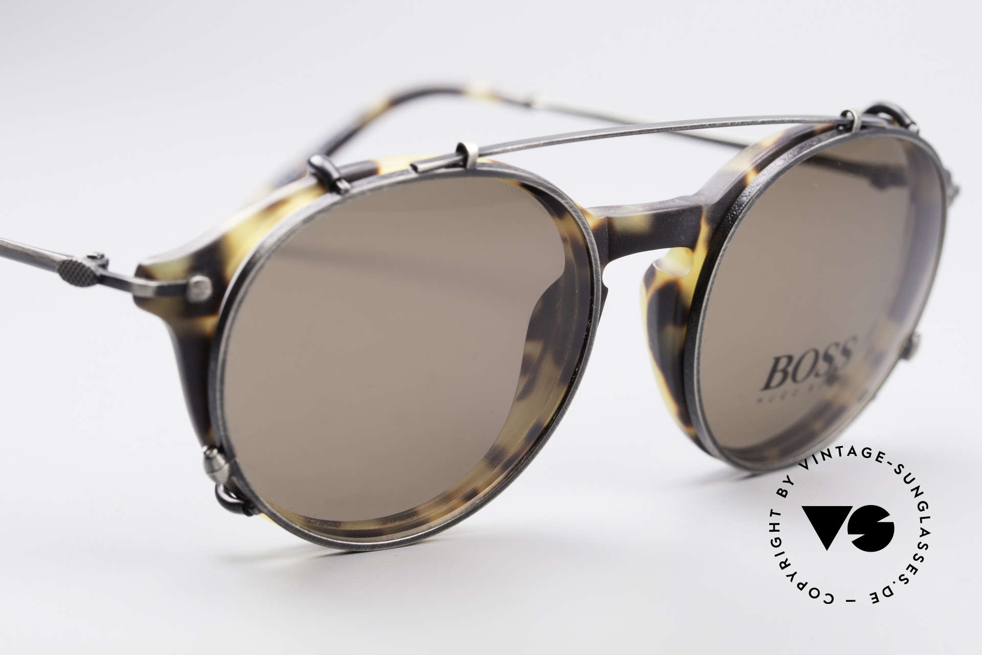 BOSS 5192 Sun Clip Panto Frame 1990's, timeless design and elegant combination of colors, Made for Men