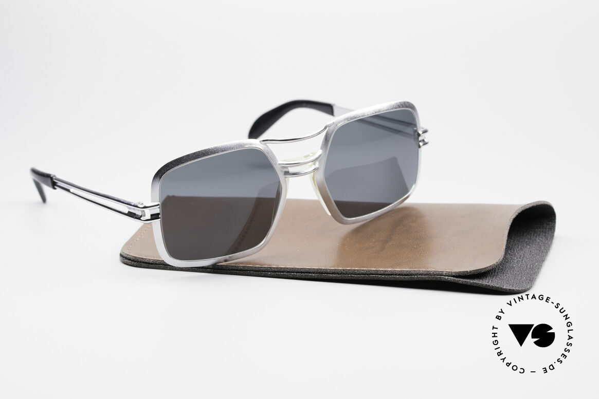 Saphira 102 Cari Zalloni 60's Design
