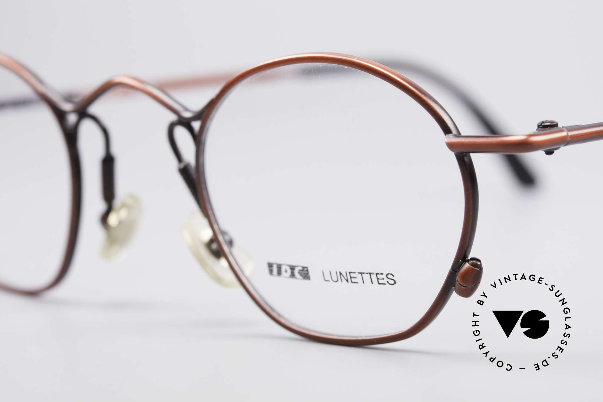 IDC 101 True Vintage No Retro Glasses, extraordinary design details: naturally vintage IDC, Made for Men and Women