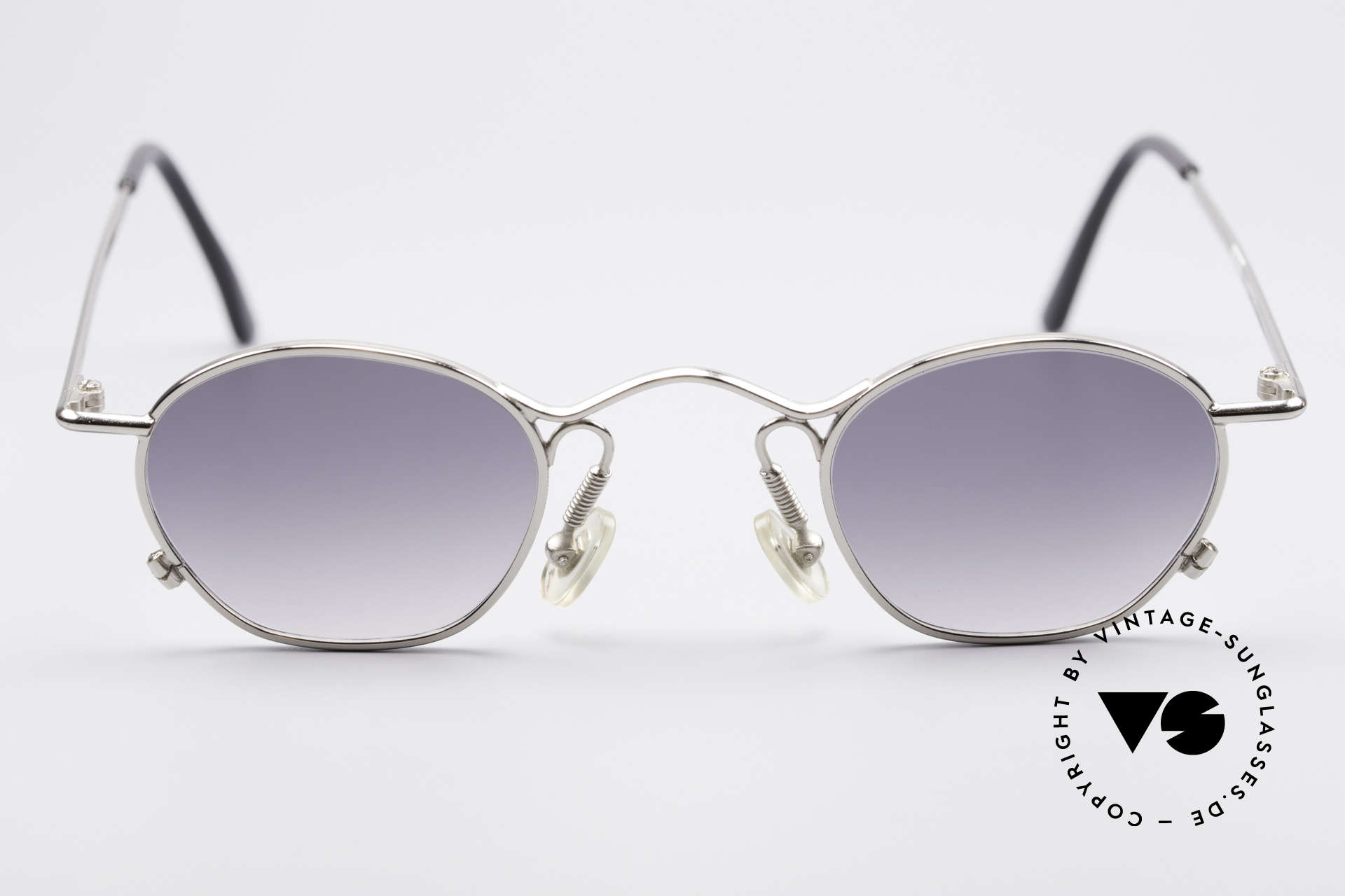 IDC 101 True Vintage No Retro Shades, NO RETRO frame, but an app. 25 years old Original!, Made for Men and Women