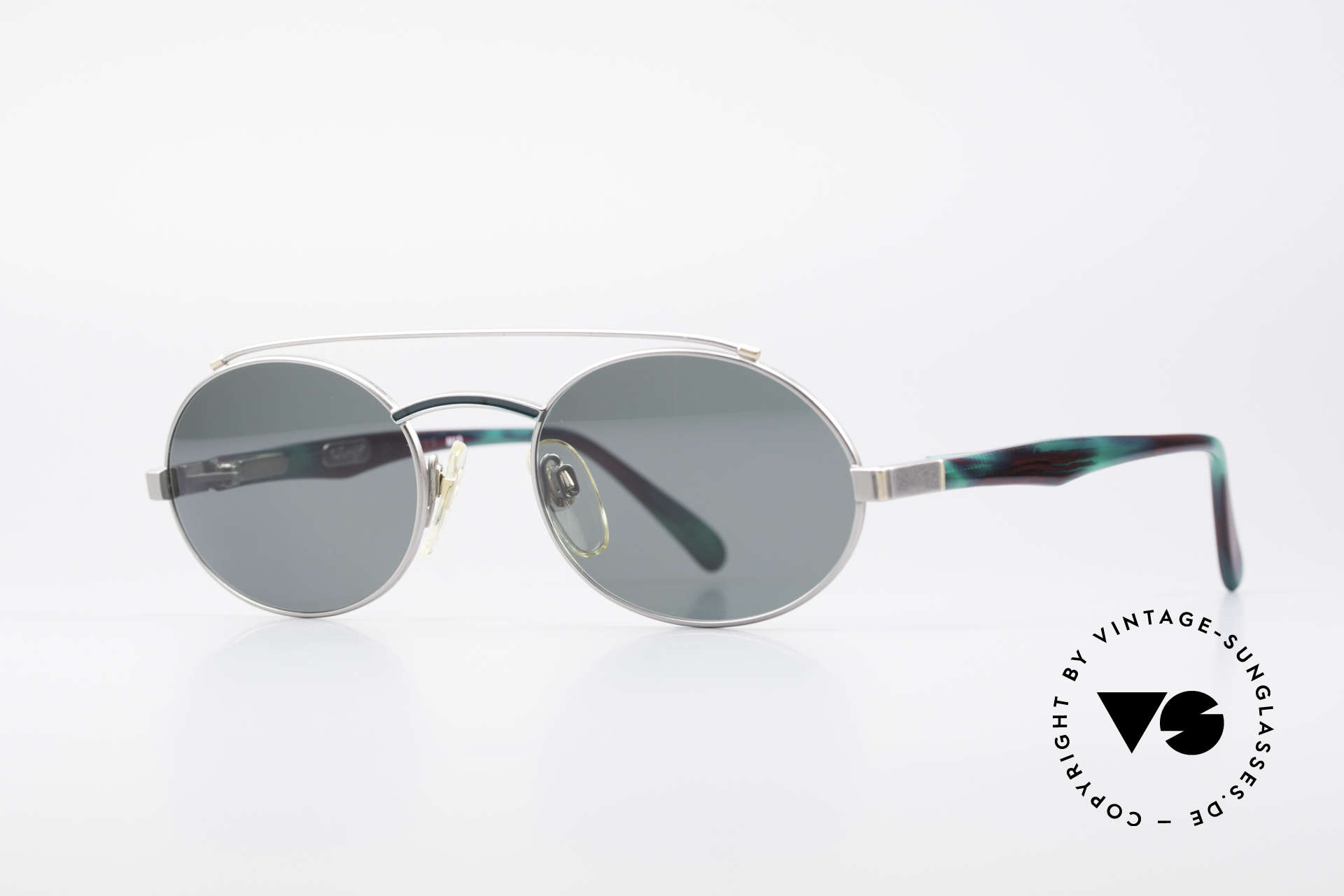 Davidoff 305 Oval Vintage Men's Frame, silver frame: temples have a 'fir green / claret' pattern, Made for Men