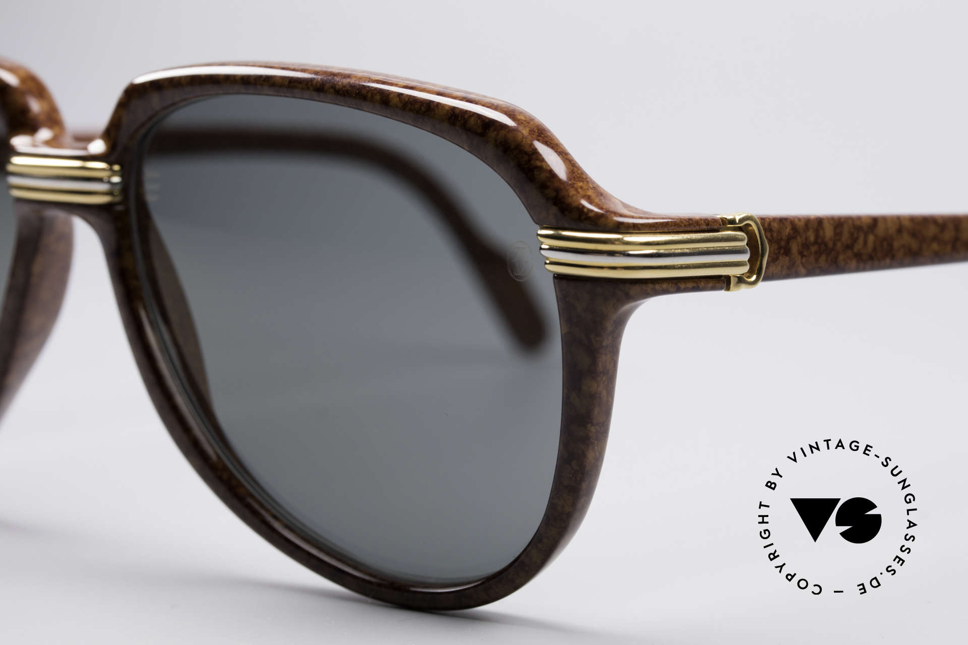 Cartier Vitesse - L Luxury Aviator Shades, unworn, NOS (hard to find in this condition, these days), Made for Men