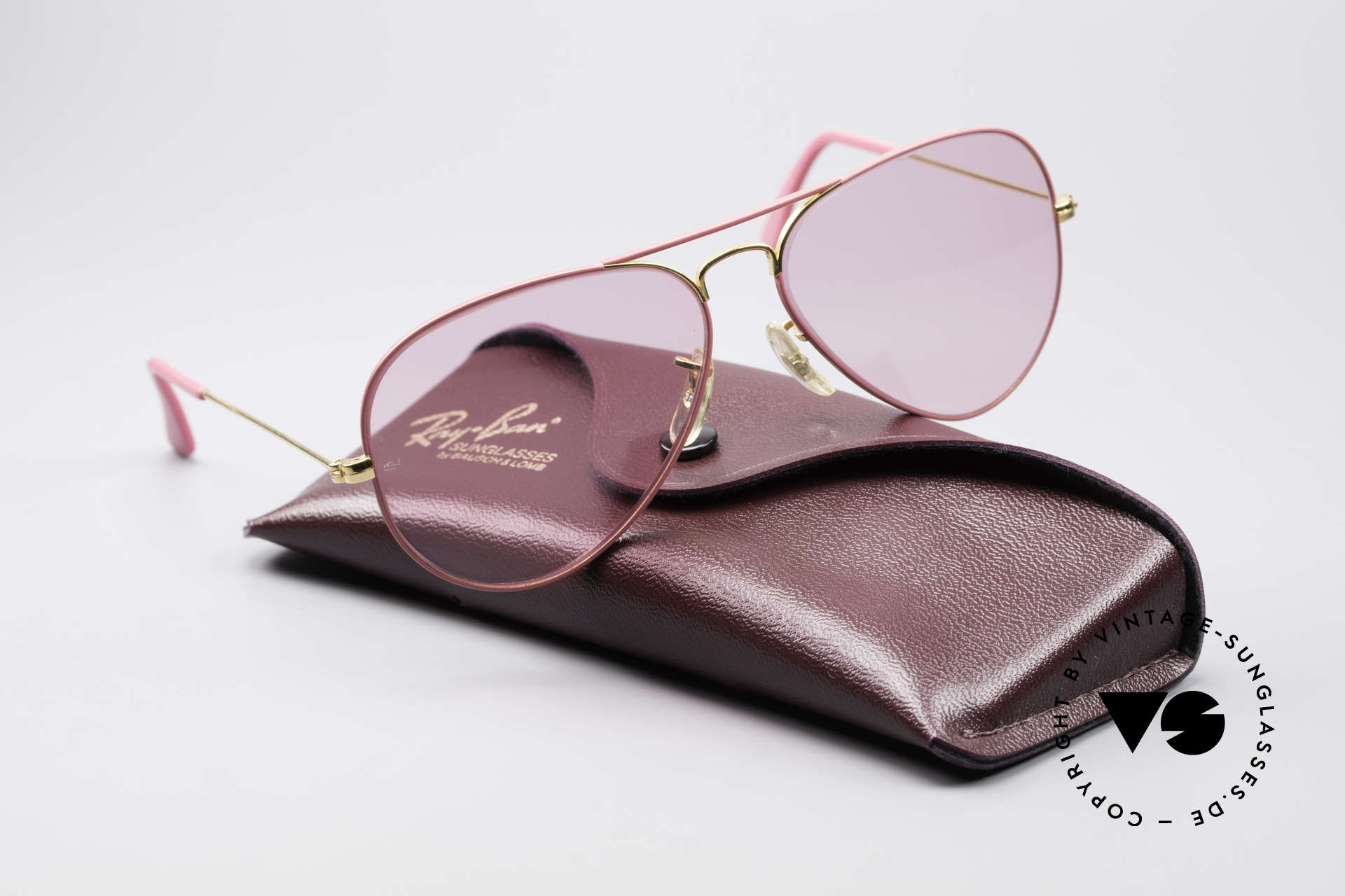 Ray Ban Large Metal Pink Ladies Sunglasses, reduced to 299€ (frame finish has two tiny chips), Made for Men