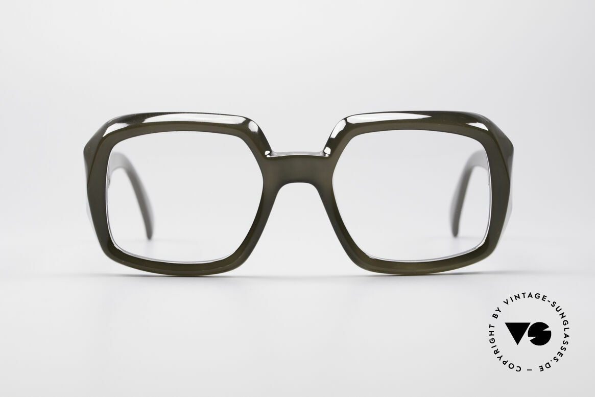 ViennaLine Royal 1601 Goliath Monster Specs, the top model of the ROYAL-SERIES; a MONSTER piece!, Made for Men