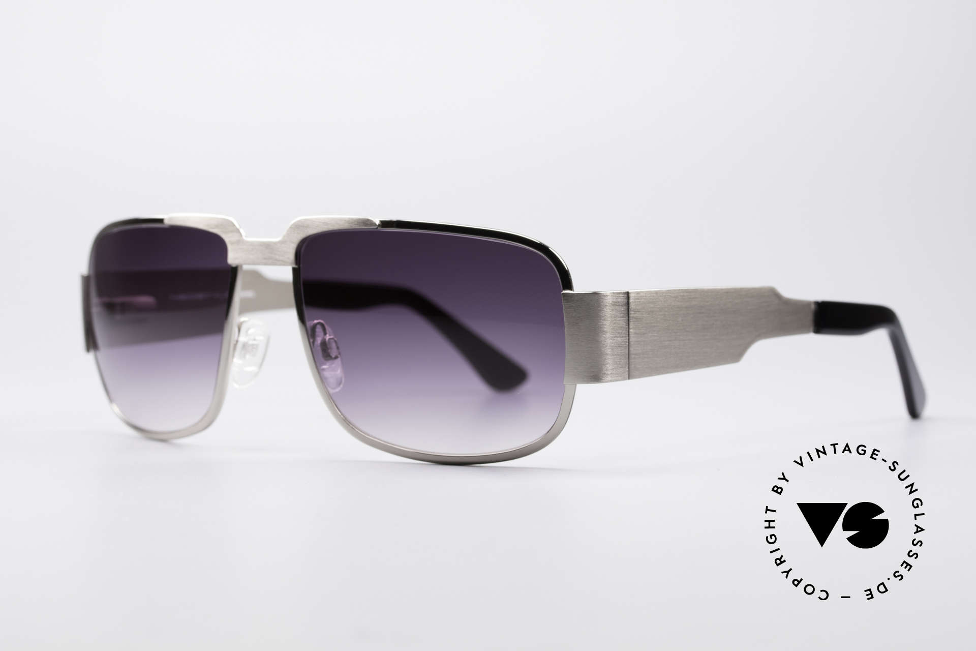 Neostyle Nautic 2 Elvis Presley Sunglasses, massive frame with flexible spring hinges and gray lenses, Made for Men