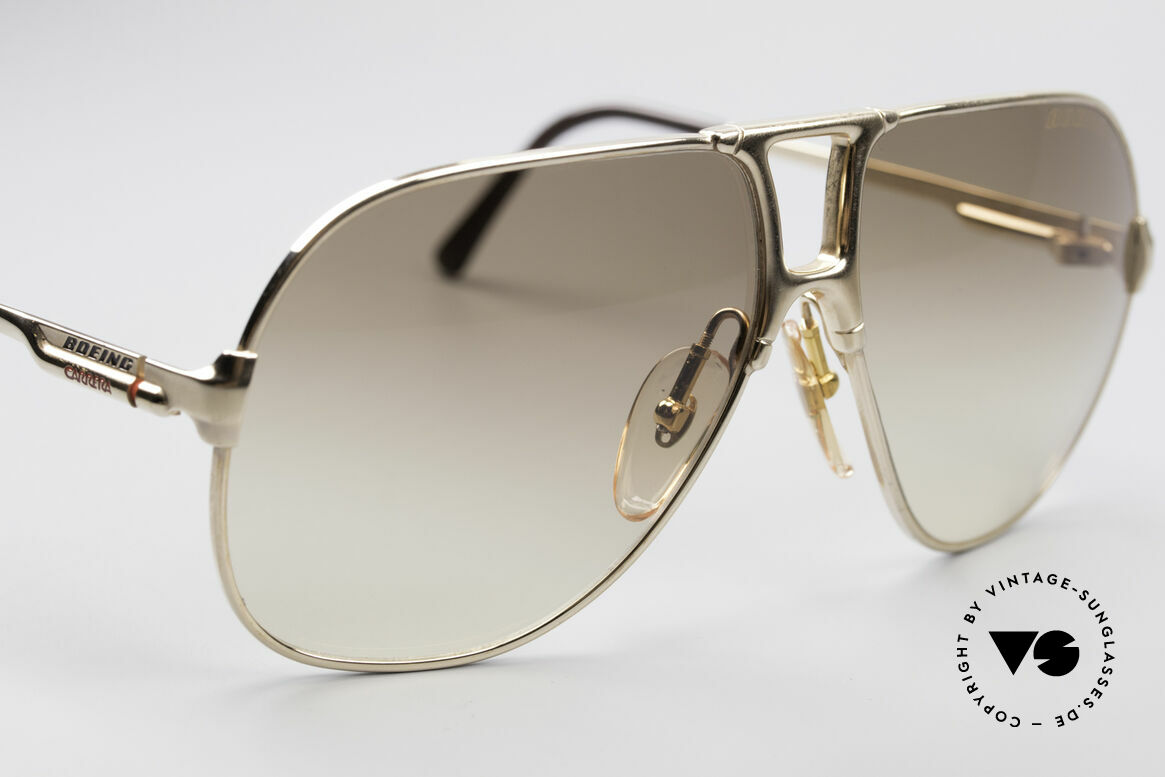 Boeing 5700 Famous 80's Pilots Shades, new old stock (like all our BOEING aviator shades), Made for Men and Women