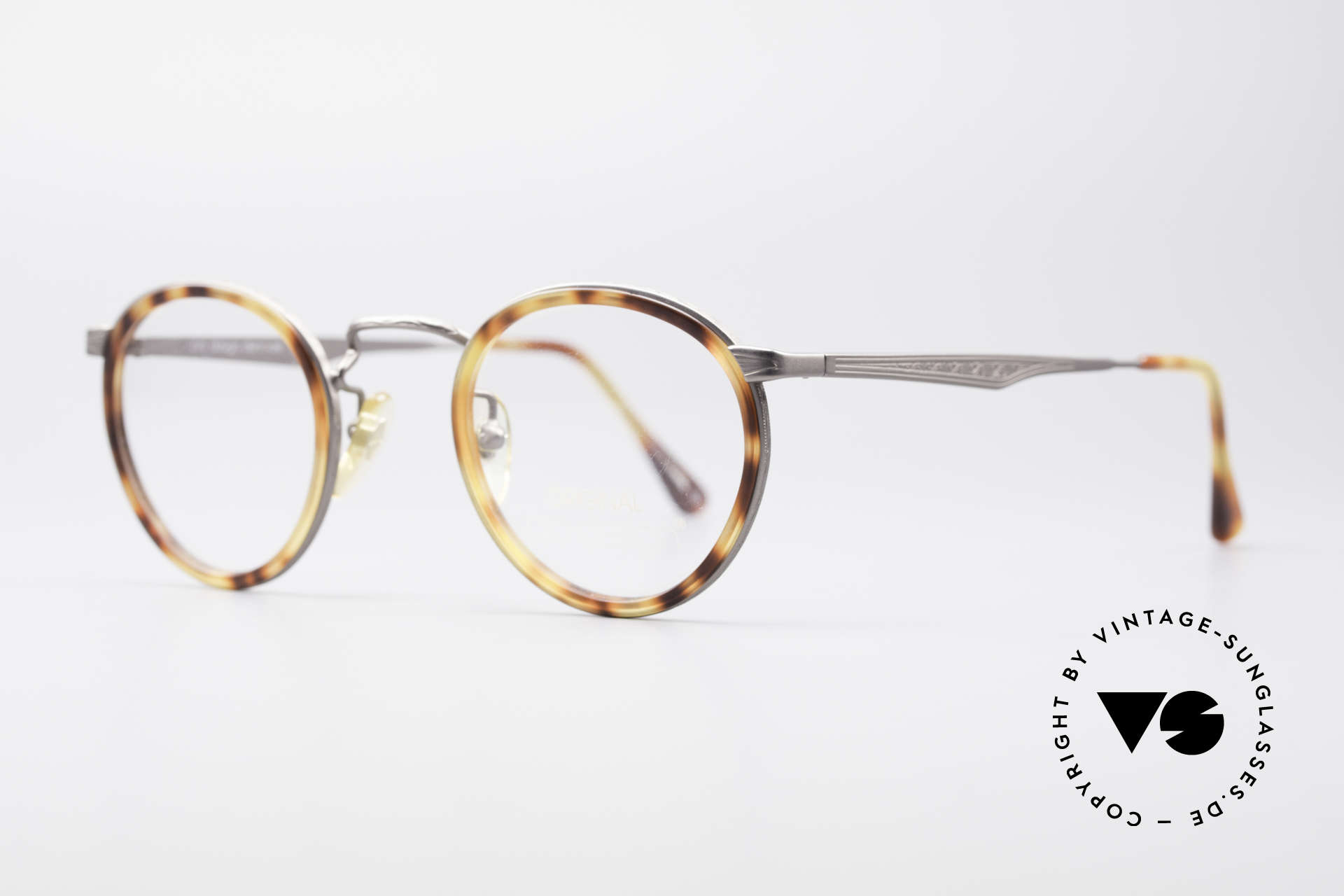 ProDesign Denmark Club 55C Panto Glasses, bridge and metal temples with costly engravings, Made for Men