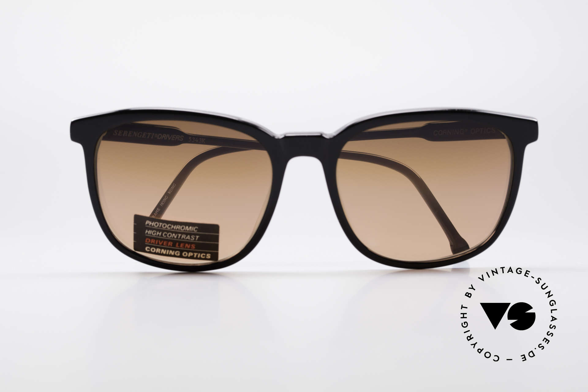 Serengeti Drivers 5343 Drivers Sunglasses, never worn (like all our rare vintage sports sunglasses), Made for Men and Women