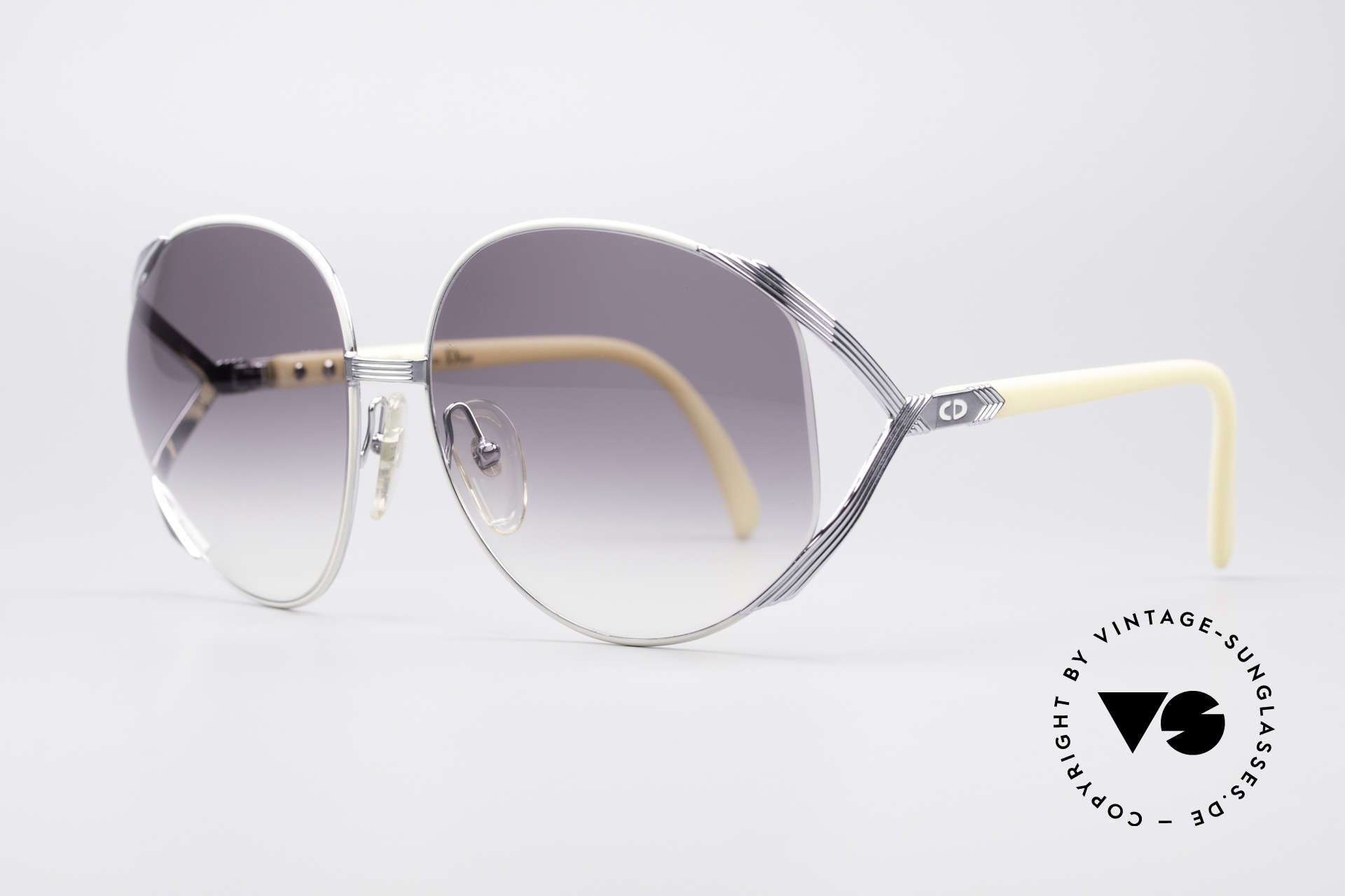 Christian Dior 2250 Amy Adams American Hustle, precious 80's model with Dior case & 1 pair extra lenses, Made for Women