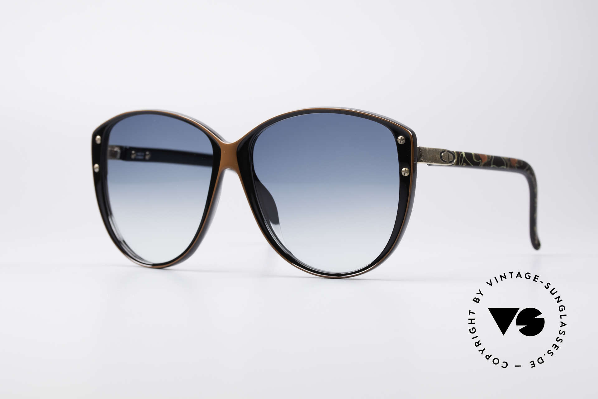 Christian Dior 2277 XL 70's Ladies Sunglasses, fashionable XXL 70's sunglasses by Christian DIOR, Made for Women