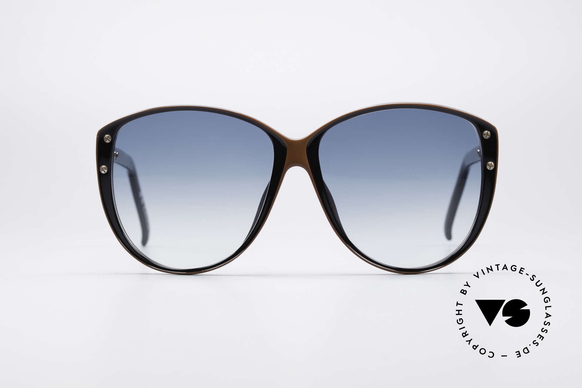 Christian Dior 2277 XL 70's Ladies Sunglasses, still lightweight thanks for brilliant Optyl material, Made for Women