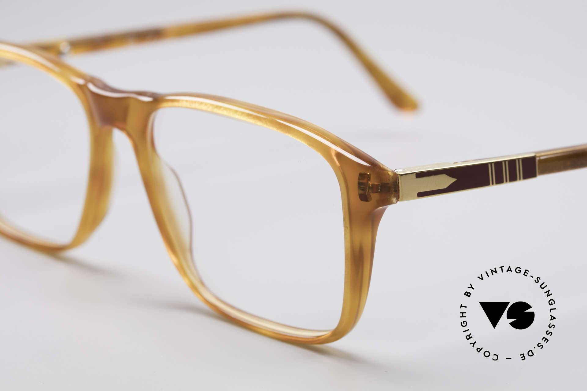 Persol Manager 13 Ratti Gold Plated 80's Frame, new old stock (from 1983) in an unworn condition!, Made for Men