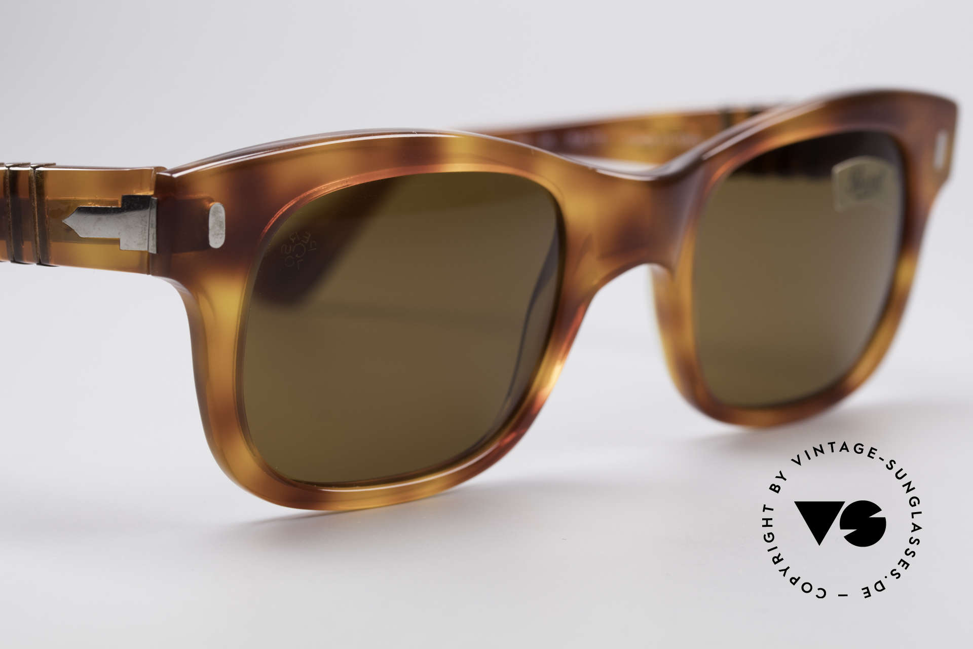 Persol 852 Ratti True Vintage 80's Shades, unworn (like all our vintage Persol RATTI sunglasses), Made for Men and Women