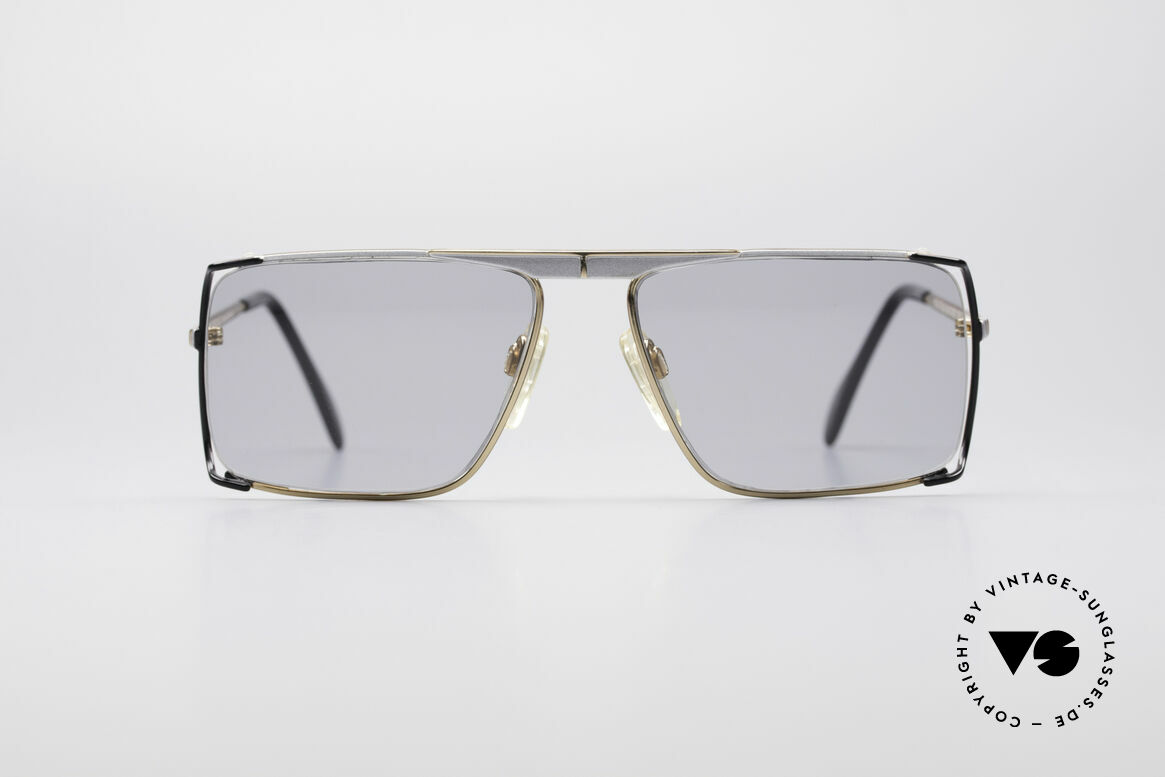 Neostyle Boutique 640 Square Vintage Frame, best craftsmanship and materials grant finest quality, Made for Men and Women