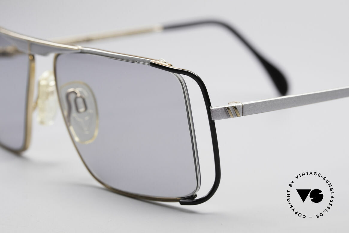 Neostyle Boutique 640 Square Vintage Frame, worn by many celebrities e.g. Patrick Swayze in the 80s, Made for Men and Women