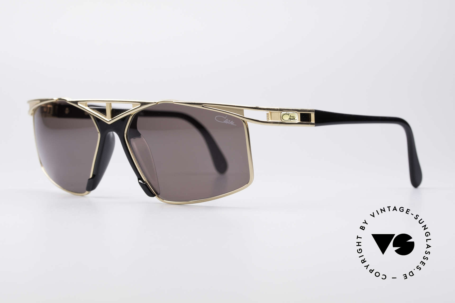 Cazal 962 Sporty Designer Shades, grand combination of color concept, design & materials, Made for Men and Women