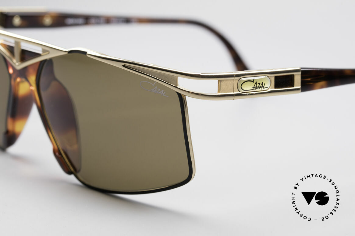 Cazal 962 90s Designer Sunglasses, unworn; NOS (like all our old vintage CAZAL originals), Made for Men and Women