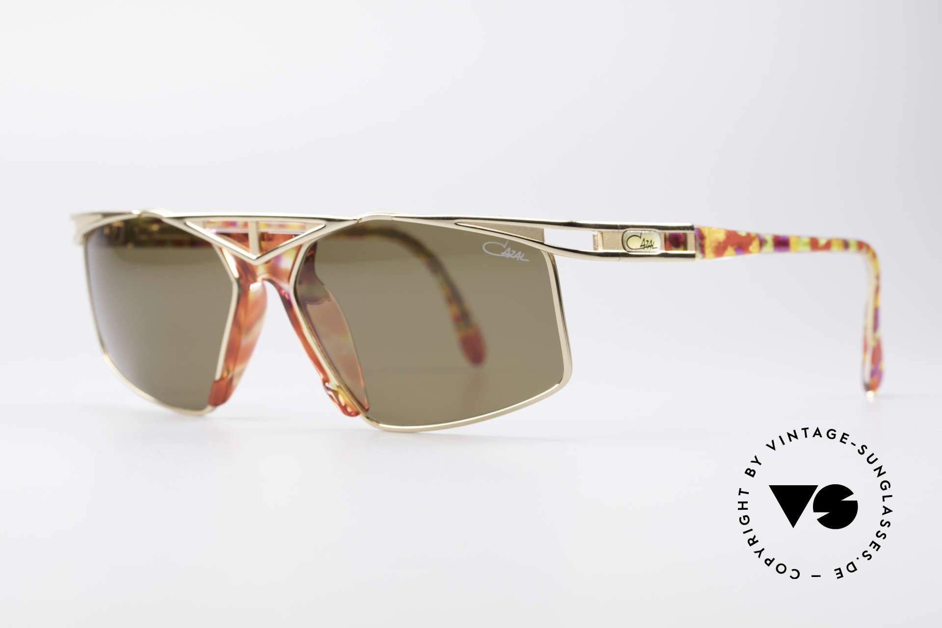 Cazal 962 Sporty Vintage Shades, grand combination of color concept, design & materials, Made for Men and Women