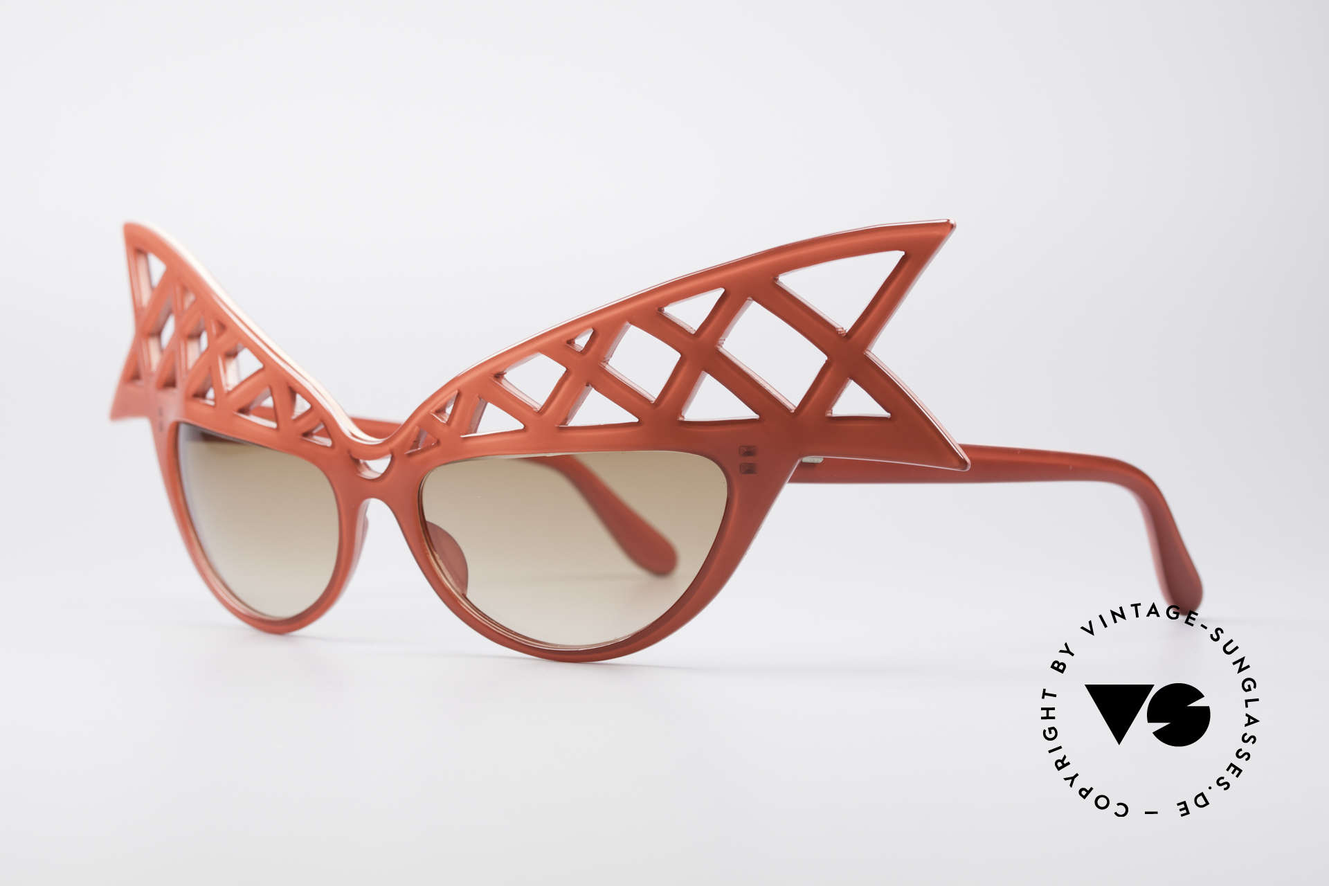 Alain Mikli WINGS Haute Couture Vintage Shades, gorgeous red frame; wings-shaped; pure extravagance, Made for Women