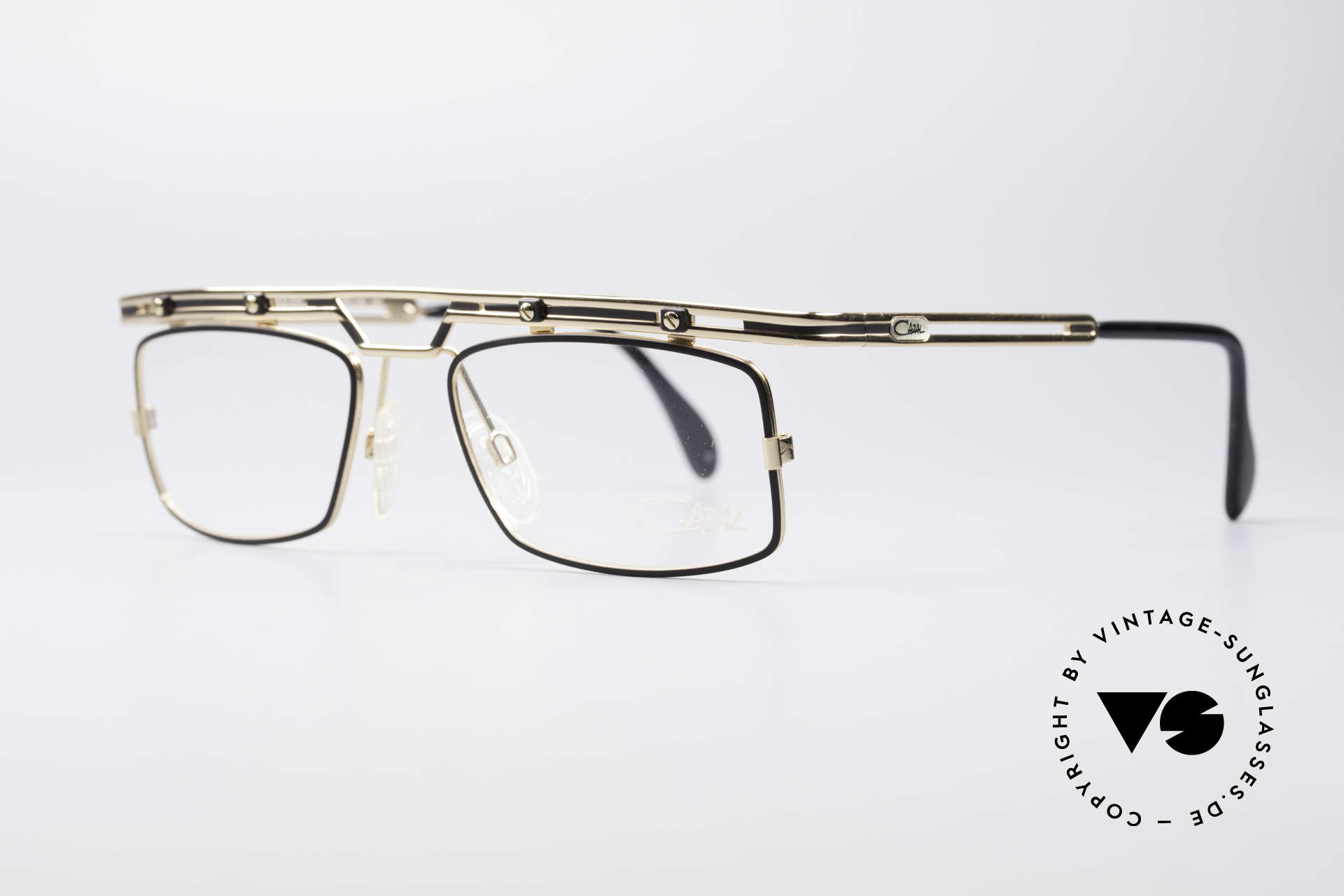 Cazal 975 Vintage 90's Designer Glasses, great metalwork and overall craftmanship; durable!, Made for Men