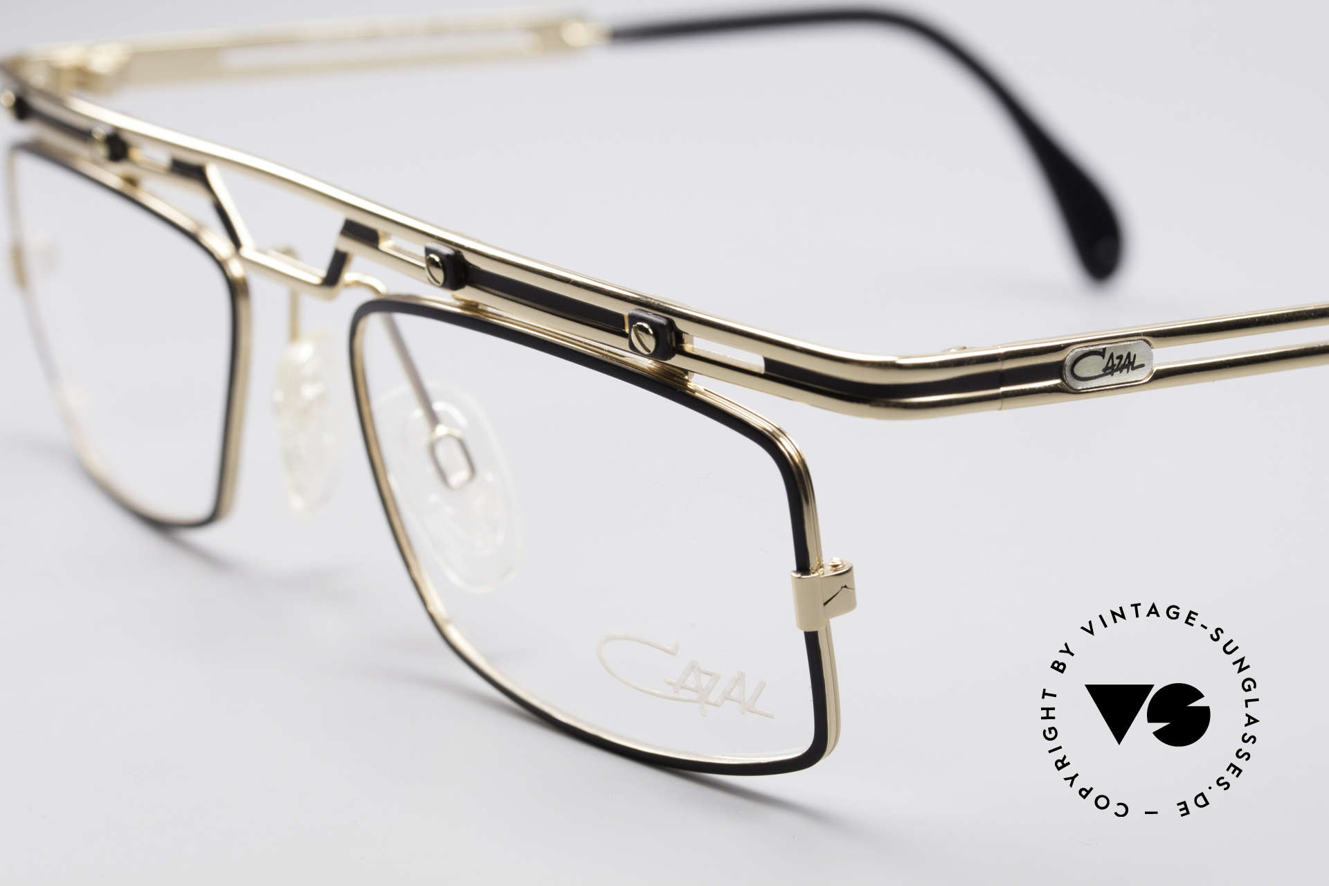 Cazal 975 Vintage 90's Designer Glasses, tangible superior crafting quality (made in Germany), Made for Men