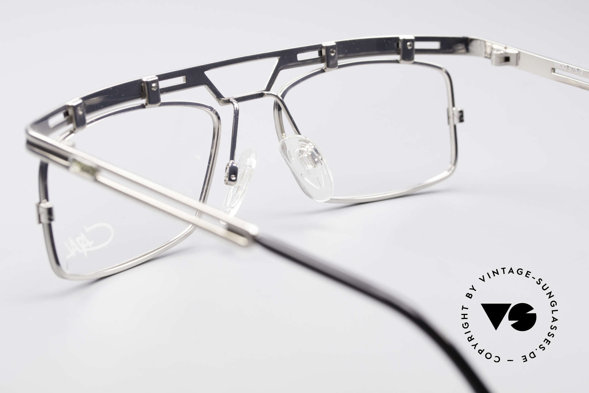 Cazal 975 True Vintage No Retro Specs, NO retro eyeglasses, but an authentic 90's ORIGINAL, Made for Men